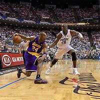 BASKET BALL - PLAYOFFS NBA 2008/2009 - LOS ANGELES LAKERS V ORLANDO MAGIC - GAME 3 -  ORLANDO (USA) - 09/06/2009 - PHOTO : CHRIS ELISE<br /> KOBE BRYANT (LAKERS), MICKAEL PIETRUS (MAGIC), PHIL JACKSON