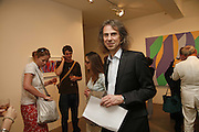 Ivor Braka,  Bridget Riley exhibition. Timothy Taylor Gallery. 6 June 2006. ONE TIME USE ONLY - DO NOT ARCHIVE  © Copyright Photograph by Dafydd Jones 66 Stockwell Park Rd. London SW9 0DA Tel 020 7733 0108 www.dafjones.com