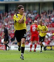 Foto: Digitalsport<br /> NORWAY ONLY<br /> Photo. Glyn Thomas.<br /> Middlesbrough v Aston Villa. <br /> FA Barclaycard Premiership. 24/04/2004.<br /> Aston Villa's Gareth Barry silences the home crowd with his equaliser.