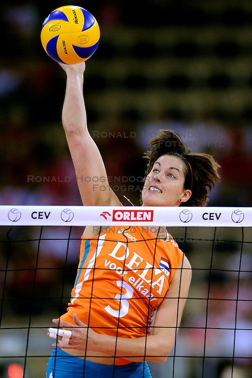 26-09-2009 VOLLEYBAL: EUROPEES KAMPIOENSCHAP SPANJE - NEDERLAND: LODZ<br /> Nederland verslaat ook Spanje met 3-0 / Francien Huurman<br /> &copy;2009-WWW.FOTOHOOGENDOORN.NL