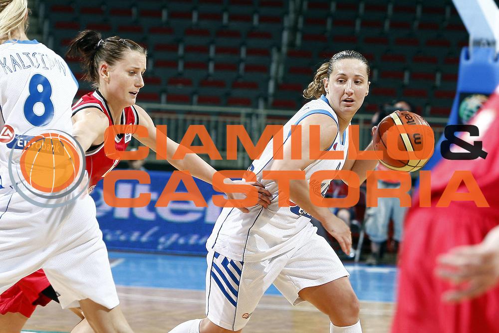 DESCRIZIONE : Riga Latvia Lettonia Eurobasket Women 2009 Qualifying Round Grecia Repubblica Ceca Greece Czech Republic<br /> GIOCATORE : Dimitra Kalentzou<br /> SQUADRA : Grecia Greece<br /> EVENTO : Eurobasket Women 2009 Campionati Europei Donne 2009 <br /> GARA : Grecia Repubblica Ceca Greece Czech Republic<br /> DATA : 13/06/2009 <br /> CATEGORIA : palleggio<br /> SPORT : Pallacanestro <br /> AUTORE : Agenzia Ciamillo-Castoria/E.Castoria<br /> Galleria : Eurobasket Women 2009 <br /> Fotonotizia : Riga Latvia Lettonia Eurobasket Women 2009 Qualifying Round Grecia Repubblica Ceca Greece Czech Republic<br /> Predefinita :