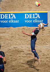 25-08-2018 NED: DELA Beach NK Volleyball, Scheveningen<br /> Marleen Ramond-van Iersel NED #1, Joy Stubbe NED #2