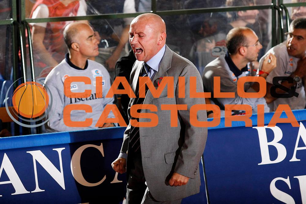DESCRIZIONE : Biella Lega A1 2007-08 Angelico Biella Tisettanta Cantu<br /> GIOCATORE : Luca Dalmonte<br /> SQUADRA : Tisettanta Cantu<br /> EVENTO : Campionato Lega A1 2007-2008<br /> GARA : Angelico Biella Tisettanta Cantu<br /> DATA : 30/09/2007<br /> CATEGORIA : Esultanza<br /> SPORT : Pallacanestro<br /> AUTORE : Agenzia Ciamillo-Castoria/G.Cottini<br /> Galleria : Lega Basket A1 2007-2008<br /> Fotonotizia : Biella Campionato Italiano Lega A1 2007-2008 Angelico Biella Tisettanta Cantu<br /> Predefinita :