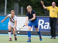 UTRECHT - Ingrid Wolff met ...  tijdens de finale Veteranen hoofdklasse A dames tussen Kampong en Amsterdam. Kampong wint na shoot out. COPYRIGHT KOEN SUYK