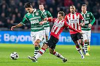 EINDHOVEN - PSV - Sparta Rotterdam , Voetbal , Eredivisie , Seizoen 2016/2017 , Philips Stadion , 22-10-2016 , Sparta speler Kenneth Dougall (l) in duel met PSV speler Andres Guardado (r)