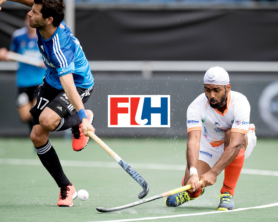 BREDA - Rabobank Hockey Champions Trophy<br /> India - Argentina<br /> Photo: Juan Lopez and ...<br /> COPYRIGHT WORLDSPORTPICS FRANK UIJLENBROEK