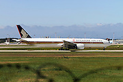 Singapore Airlines, Boeing 777 at Milan - Malpensa (MXP / LIMC) Italy