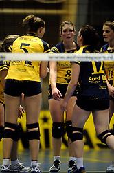29-01-2011 VOLLEYBAL: TVC AMSTELVEEN - PEELPUSH: AMSTELVEEN<br /> Gelegenheidsteam TVC wint met 3-0 van Peelpush / Floor Berden<br /> &copy;2011-WWW.FOTOHOOGENDOORN.NL