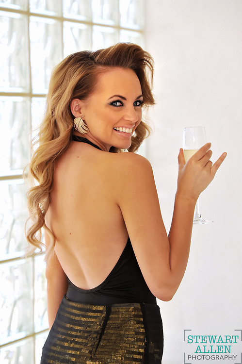 Ex Perth Singer and performer Samantha Jade will be performing on new year's eve on Sydney Harbour.