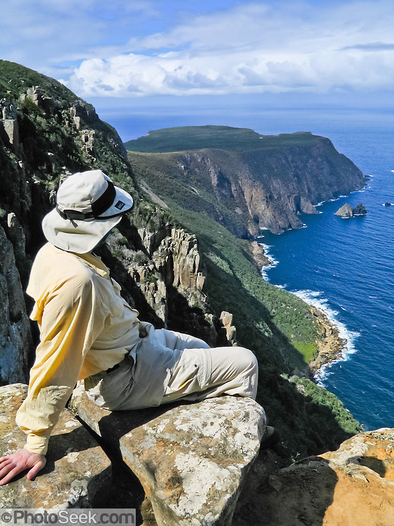 An easy hike views Cape Raoul, in Tasman National Park, Tasmania, Australia.