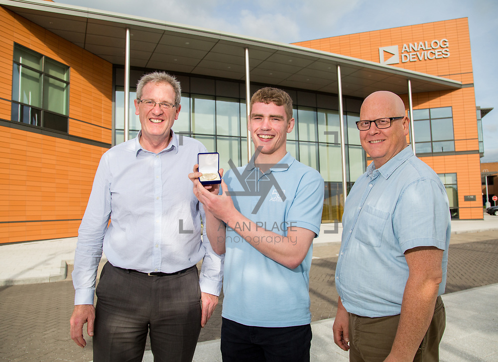 31.05.2017      <br /> University of Limerick Analog Devices Robbie McAdam Awards.<br /> Robbie McAdam Award recipient and Robbie McAdam Medal recipient, Gearoid Moore with  with Dr. John Nelson, Head of The Electronic &amp; Computer Engineering (E&amp;CE) Department,UL and Mike Keaveney, ADI Fellow Analog Devices. Picture: Alan Place.