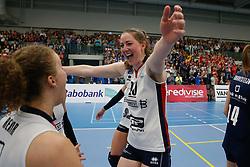 20190424 NED: Sliedrecht Sport - VC Sneek: Sliedrecht<br /> Sliedrecht Sport Nederlands Kampioen Volleybal Seizoen 2018 - 2019, Carlijn Ghijssen - Jans (10) of Sliedrecht Sport <br /> ©2019-FotoHoogendoorn.nl / Pim Waslander