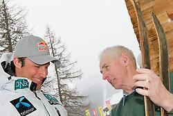 13.02.2013, Hotel Waldfrieden, Rohrmoos-Untertal, Schladming, AUT, FIS Weltmeisterschaften Ski Alpin, im Bild Aksel Lund Svindal (NOR) mit Ski-Pionier Rudolf Stocker und alten Skiern aus den 1940er-Jahren // Aksel Lund Svindal of Norway with ski-pioneer Rudolf Stocker and old skis made in den 1940s during the FIS Ski World Championships 2013 at the Hotel Waldfrieden, Rohrmoos-Untertal, Schladming, Austria on 2013/02/13. EXPA Pictures © 2013, PhotoCredit: EXPA/ Martin Huber.
