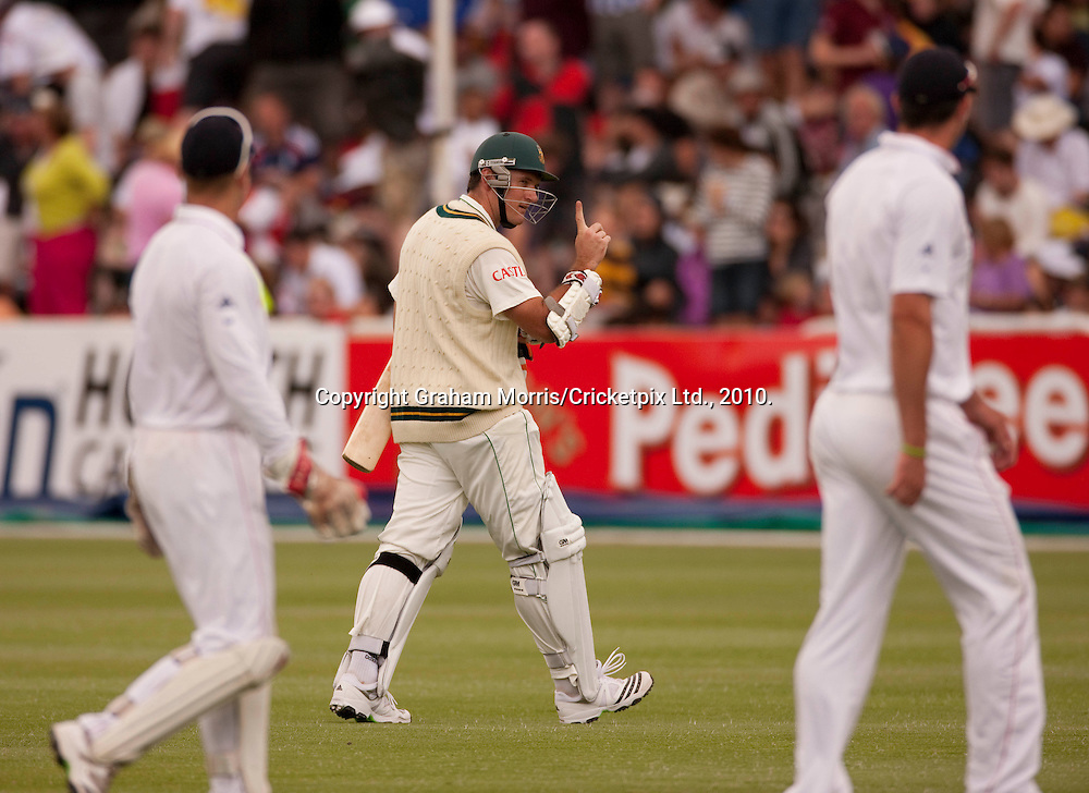 Captain Graeme Smith taunts the opposition fielders as he walks off for lunch during the third Test Match between South Africa and England at Newlands, Cape Town. Photograph © Graham Morris/cricketpix.com (Tel: +44 (0)20 8969 4192; Email: sales@cricketpix.com)