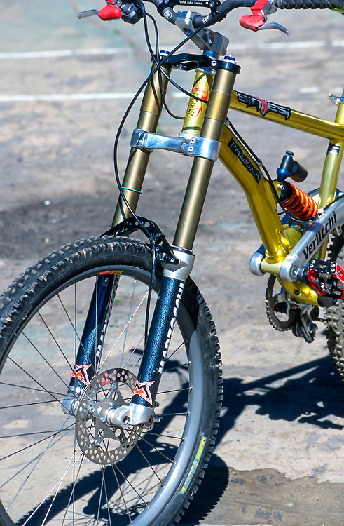 Marzocchi Monster-T triple crown DH fork. 1998