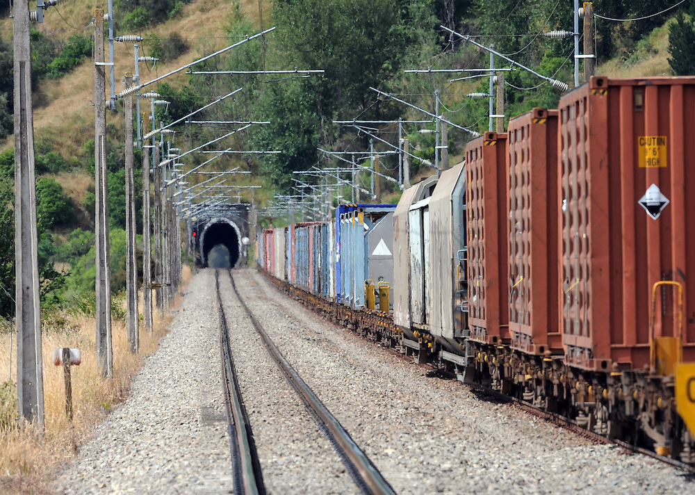 Freight train, Mangaweka, New Zealand, Wednesday, February 03, 2010. Credit:SNPA / Ross Setford