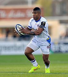 Kyle Eastmond of Bath Rugby in possession - Photo mandatory by-line: Patrick Khachfe/JMP - Mobile: 07966 386802 18/10/2014 - SPORT - RUGBY UNION - Glasgow - Scotstoun Stadium - Glasgow Warriors v Bath Rugby - European Rugby Champions Cup