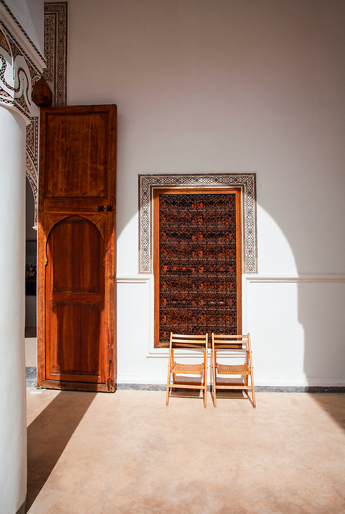 2016, Africa, Marrakech, Morocco, travel, architecture, chair, arch, shadow, city, tourism