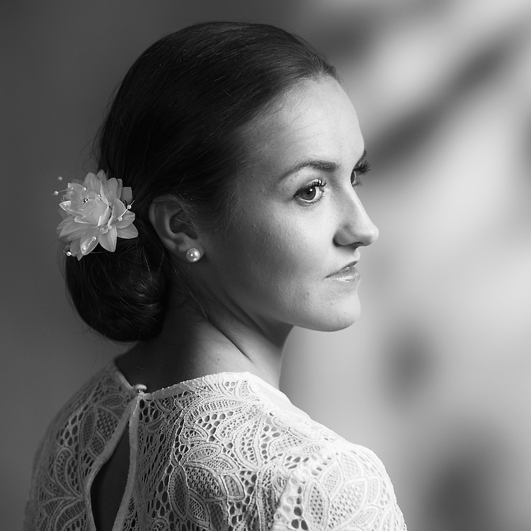 Deze reportages in zwart-wit geven een impressie van diverse Bruidsreportages. Foto's in zwart-wit komen krachtig over en zij vertellen het verhaal.