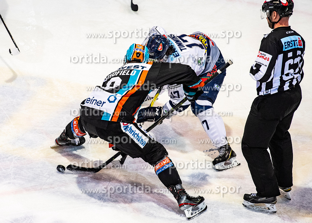 29.02.2020, Keine Sorgen Eisarena, Linz, AUT, EBEL, EHC Liwest Black Wings Linz vs Fehervar AV 19, Zwischenrunde, 10. Qualifikationsrunde, im Bild v.l. Rick Schofield (EHC Liwest Black Wings Linz), Scott Timmins (Hydro Fehervar AV 19) // during the Erste Bank Eishockey League Intermediate round, 10th qualifying round match between EHC Liwest Black Wings Linz and Fehervar AV 19 at the Keine Sorgen Eisarena in Linz, Austria on 2020/02/29. EXPA Pictures © 2020, PhotoCredit: EXPA/ Reinhard Eisenbauer