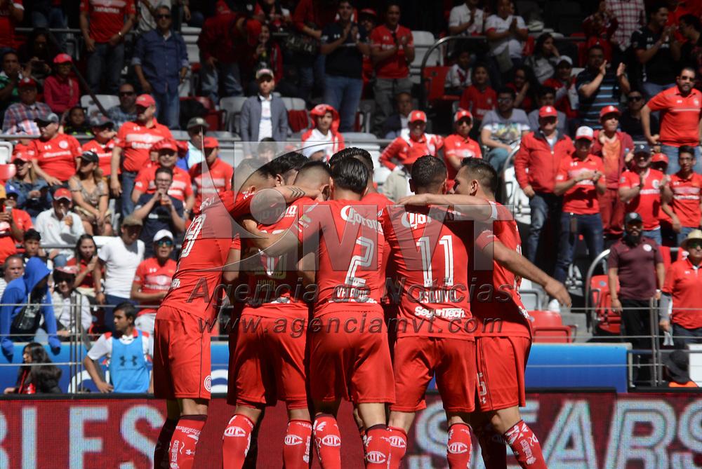 Toluca, México (Noviembre 19, 2017).- Los Diablos Rojos del Toluca vencieron a la escuadra de Xolos de Tijuana con un marcador final de 3-1, asegurando su pase a la Liguilla del Torneo de Apertura 2017 de la Liga MX. Agencia MVT / Crisanta Espinosa.