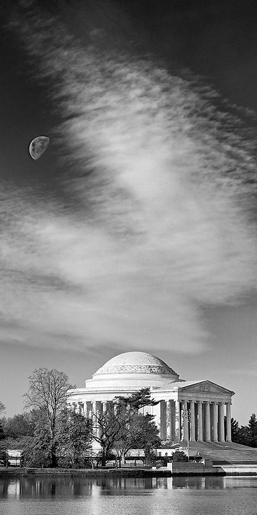 Moonrise over the Jefferson Memorial in Washington D.C.