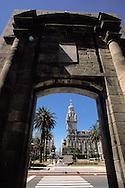 Puerta de la Ciudadela, Plaza Independecia, Montevideo, Uruguay