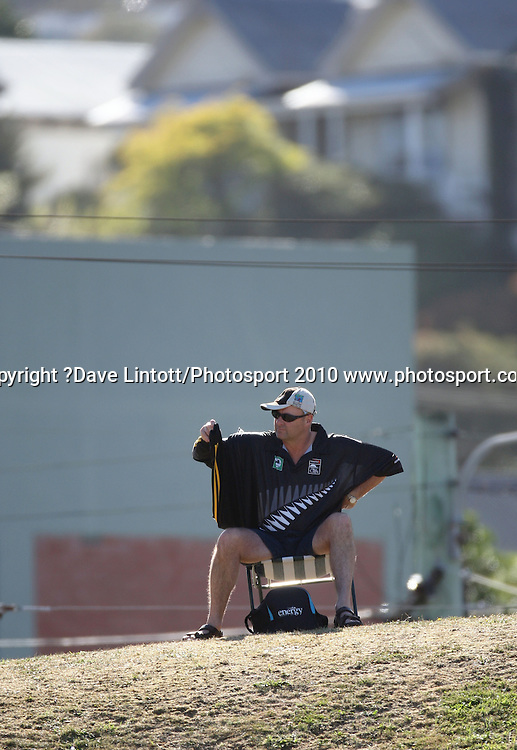 A fan arrives early and sits up on the embankment.<br /> 1st cricket test match - New Zealand Black Caps v Australia, day two at the Basin Reserve, Wellington.Saturday, 20 March 2010. Photo: Dave Lintott/PHOTOSPORT