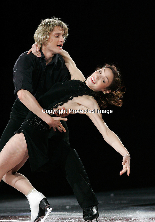 02/11/08-Ottawa, Canada: Meryl Davis and Charlie White of USA Skates during the Parade of Champions at Skate Canada. Photo: Scott Grant