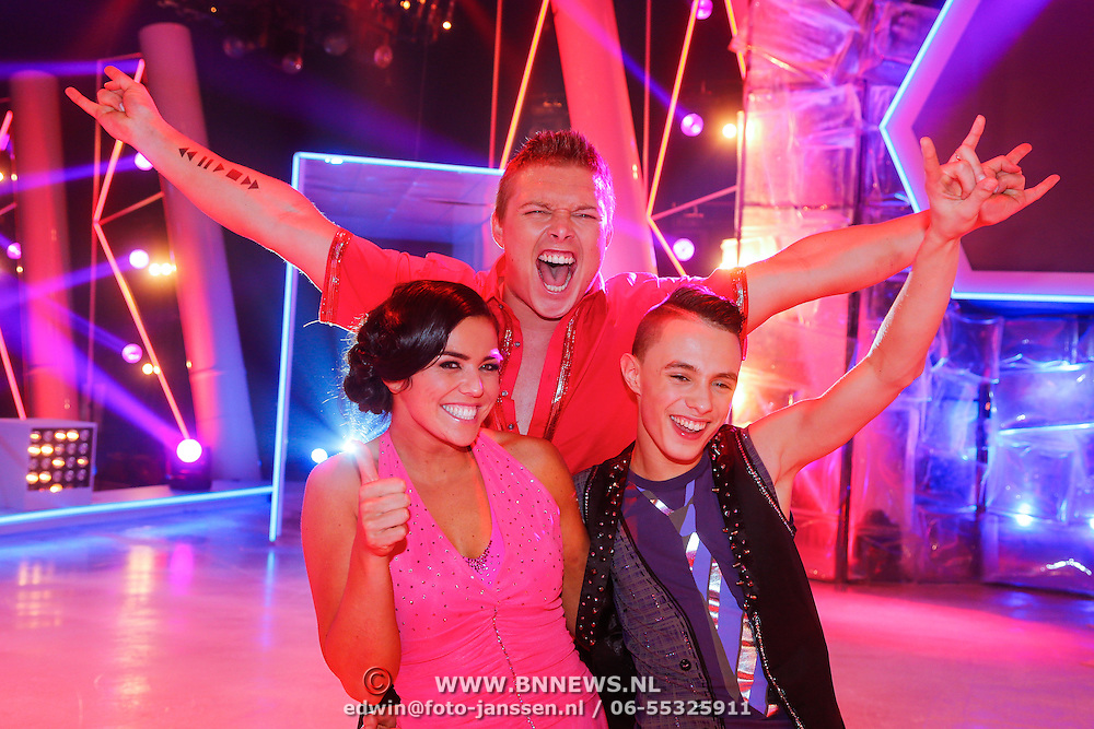 NLD/Hilversum/20130202 - 6de liveshow Sterren Dansen op het IJs 2013, Laura Ponticorvo, Monsif Bakkali, Tony Sterretje Wyczynski
