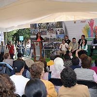 Metepec, México.- Carolina Monroy del Mazo, alcaldesa de Metepec, puso en marcha el 2ª Jornada de Prevención Social Mano a Mano por Tu Colonia, en la colonia Casa Blanca. Agencia MVT / Crisanta Espinosa