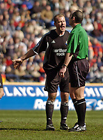 Photo. Jed Wee.<br /> Bolton Wanderers v Newcastle United, FA Barclaycard Premiership, Reebok Stadium, Bolton. 28/03/2004.<br /> Newcastle's Alan Shearer vents his rising frustration at referee M Dean.