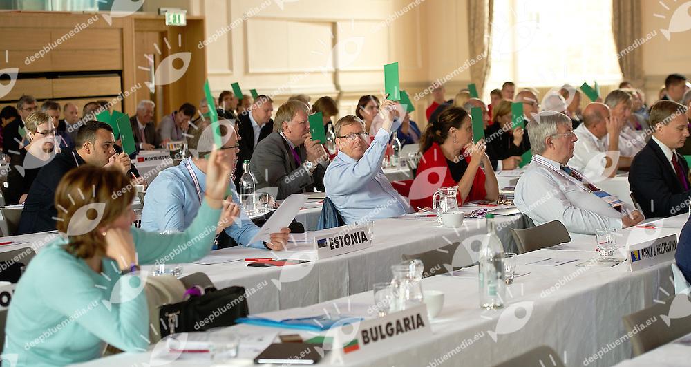 voting<br /> LEN 50 th Congress<br /> Ligue Europeenne de Natation<br /> European Swimming Federation<br /> Edinburgh, Scotland GBR<br /> Sept. 28 2013<br /> Photo Giorgio Scala/Deepbluemedia.eu