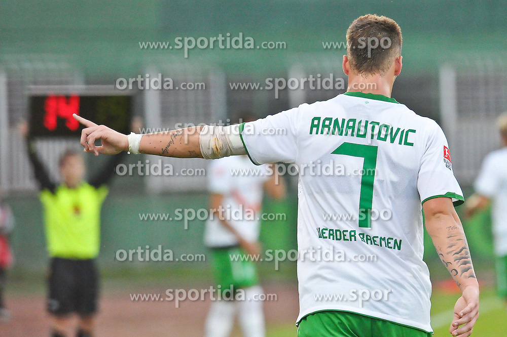 31.07.2010, Rohonci úti Stadion, Szombathelyi, HUN, Szombathelyi Haladás vs Werder Bremen, Friendly Match  1. FBL 2010  im Bild ´Fingerzeig zum Linienrichter Marko Arnautovic (Werder #07 )    EXPA Pictures © 2010, PhotoCredit: EXPA/ nph/  Kokenge+++++ ATTENTION - OUT OF GER +++++ / SPORTIDA PHOTO AGENCY