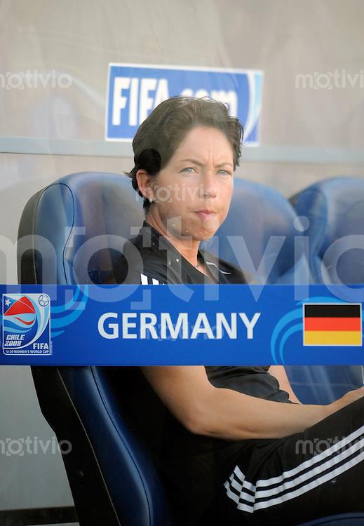 Fussball Frauen FIFA U 20  Weltmeisterschaft 2008    23.11.2008 Deutschland - Japan     Germany - Japan Coach Maren MEINERT (GER), Portrait.