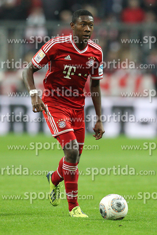 09.11.2013, Allianz Arena, Muenchen, GER, 1. FBL, FC Bayern Muenchen vs FC Augsburg, 12. Runde, im Bild David ALABA #27 (FC Bayern Muenchen) // during the German Bundesliga 12th round match between FC Bayern Munich and FC Augsburg at the Allianz Arena in Muenchen, Germany on 2013/11/09. EXPA Pictures &copy; 2013, PhotoCredit: EXPA/ Eibner-Pressefoto/ Kolbert<br /> <br /> *****ATTENTION - OUT of GER*****