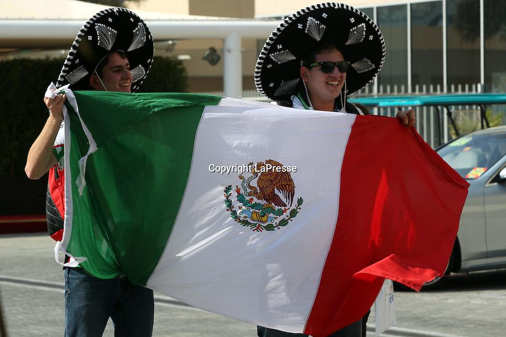 &copy; Photo4 / LaPresse<br /> 20/11/2014 Abu Dhabi, UAE<br /> Sport <br /> Grand Prix Formula One Abu Dhabi 2014<br /> In the pic: Atmosphere, mexican fans