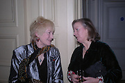 Tory Lawrence and Lady Celestria Hales. Annabel Freyberg and Andrew Barrow drinks party. The Royal Geographical Society. 5 January 2006. ONE TIME USE ONLY - DO NOT ARCHIVE  © Copyright Photograph by Dafydd Jones 66 Stockwell Park Rd. London SW9 0DA Tel 020 7733 0108 www.dafjones.com
