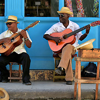 Street Performers in Havana, Cuba<br />