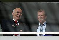 Photo: Daniel Hambury.<br />Manchester United v FC Porto. Amsterdam Tournament. <br />04/08/2006.<br />England head coach Steve McClaren (R) shares a joke with a friend.