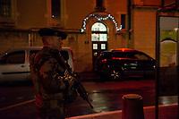 Security has been enhanced this year at the Festival of Lights. <br /> More 200 members of Sentinelle were there for support of the police. <br /> 60% more than normal time  and 20% more than the last year. <br /> Military, policemen, firefighters and gendarmes, in total 1500 were deployed on site.<br /> <br /> <br /> Lyon: l'ouverture de la Fete des lumieres sous haute securite<br /> La securite a ete renforcee cette annee lors de la fete des lumieres.Pres de 200 militaires de l opération Sentinelle etaient postes en soutien des service de police.C est a dire 60% de plus qu'en temps normal et 20% de plus que l annee derniere.Entre militaires, policiers, pompiers et gendarmes, ce sont plus de 1500 personnels qui ont ete deployes sur le site..