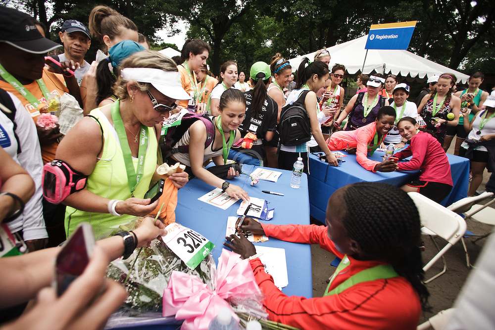 NYRR Mini 10K road race (40th year); autograph signing
