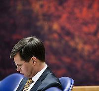 Nederland. Den Haag, 4 februari 2009.<br /> Debat over Irak in de Tweede Kamer. De Tweede Kamer debatteert over het plan van premier Jan Peter Balkenende om een onderzoekscommissie in te stellen naar de besluitvorming rond Irak in 2003. Balkenende kondigde maandag aan dat hij de jurist Willibrord Davids heeft gevraagd deze commissie te leiden. <br /> Foto Martijn Beekman<br /> NIET VOOR PUBLIKATIE IN LANDELIJKE DAGBLADEN.