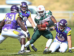 17.05.2015, Hohe Warte, Wien, AUT, BIG6, AFC Vienna Vikings vs Schwaebisch Hall Unicorns, im Bild Precious Ogbevoen (AFC Vienna Vikings, LB, #43),  Simon Blach (AFC Vienna Vikings, LB, #49), Christian Rycraw (Schwaebisch Hall Unicorns, #2) und  Florian Gruensteidl (AFC Vienna Vikings, DL, #94) // during the BIG6 game between AFC Vienna Vikings vs Schwaebisch Hall Unicorns at the Hohe Warte, Wien, Austria on 2015/05/17. EXPA Pictures © 2015, PhotoCredit: EXPA/ Thomas Haumer
