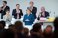 07 DEC 2018, HAMBURG/GERMANY:<br /> Angela Merkel, CDU, Bundeskanzlerin, nach Ihrer letzten Rede als Parteivorsitzende, unten links: Annegret Kramp-Karrenbauer, CDU Generalsekretaerin, unten rechts: Volker Bouvier, CDU, Ministerpraesident Hessen, hinten v.L.n.R.: David McAllister, CDU, MdEP, Dr. Roland Heintze, CDU Landesvorsitzender Hamburg, Daniel Guenther, CDU, Ministerpraesident Schleswig-Holstein, CDU Bundesparteitag, Messe Hamburg<br /> IMAGE: 20181207-01-057<br /> KEYWORDS: party congress, Appluas, applaudiren, klatschen, Jubel, Daniel Günther