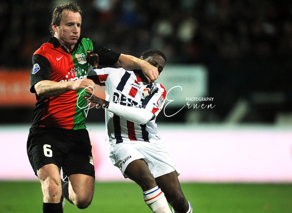 21-03-09 Voetbal:NEC Nijmegen:Willem II:Nijmegen<br /> Patrick Pothuizen legt zijn hand op het gezicht van Sergio Zijler<br /> Foto: Geert van Erven