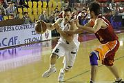 DESCRIZIONE : Roma Lega A 2011-12  Acea Virtus Roma Benetton Treviso<br /> GIOCATORE : Mekel Gal<br /> CATEGORIA : palleggio<br /> SQUADRA : Benetton Treviso<br /> EVENTO : Campionato Lega A 2011-2012<br /> GARA : Acea Virtus Roma Benetton Treviso<br /> DATA : 01/04/2012<br /> SPORT : Pallacanestro<br /> AUTORE : Agenzia Ciamillo-Castoria/M.Simoni<br /> Galleria : Lega Basket A 2011-2012<br /> Fotonotizia : Roma Lega A 2011-12 Acea Virtus Roma Benetton Treviso<br /> Predefinita :