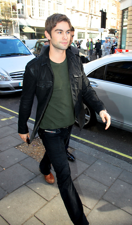 26.MARCH.2012. LONDON<br /> <br /> AMERICAN ACTORS CHACE CRAWFORD AND MATTHEW MORRISON ARRIVING AT THE BBC RADIO 1 STUDIOS IN LONDON<br /> <br /> BYLINE: EDBIMAGEARCHIVE.COM<br /> <br /> *THIS IMAGE IS STRICTLY FOR UK NEWSPAPERS AND MAGAZINES ONLY*<br /> *FOR WORLD WIDE SALES AND WEB USE PLEASE CONTACT EDBIMAGEARCHIVE - 0208 954 5968*