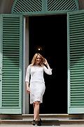 Castpresentatie romantische komedie Toscaanse Bruiloft in Villa Rossi Lucca, Italie<br /> <br /> Op de foto:  Lieke van Lexmond