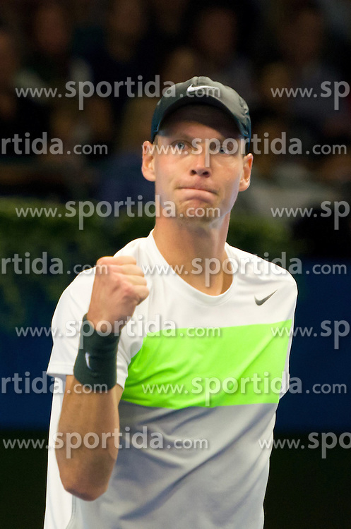 20.10.2012, Kungliga Tennis Halle, Stockholm, SWE, ATP, Stockholm Open, im Bild Berdych winning the game ant thanking the audience// during the ATP Stockholm Open at the Kungliga Tennis Halls, Stockholm, Sweden on 2012/10/20. EXPA Pictures © 2012, PhotoCredit: EXPA/ PicAgency Skycam..***** ATTENTION - OUT OF SWE *****